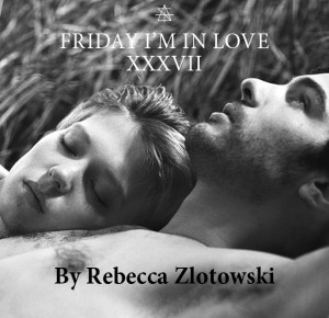 S2A_FRIDAY_IM_IN_LOVE_V2